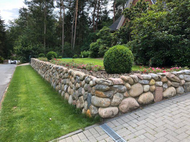 Natursteinmauer01